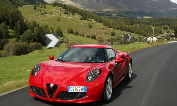 Alfa Romeo 4C Fahrbericht 2013 Leichtbau Sport Coupe