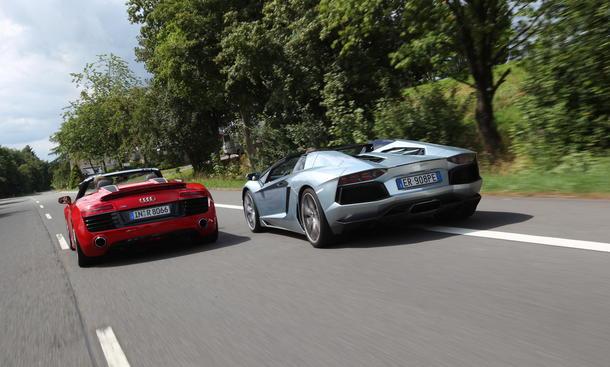 Audi R8 V10 Vs Lamborghini Murcielago Youtube Autos Post