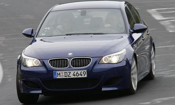 BMW 5er Rückruf 2013 E60 M5 528i 535i 550i Heckleuchten