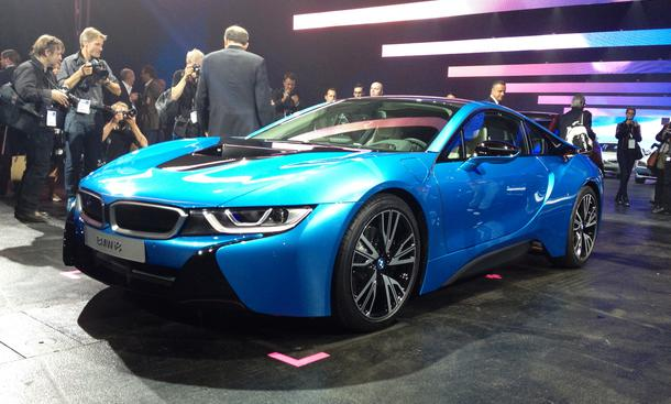BMW i8 IAA 2013 Supersportwagen Plug-In-Hybrid Carbon Serienversion