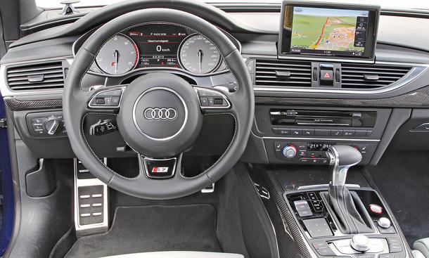 Bilder 2013 Audi S7 Sportback Luxuslimousinen-Vergleich Cockpit