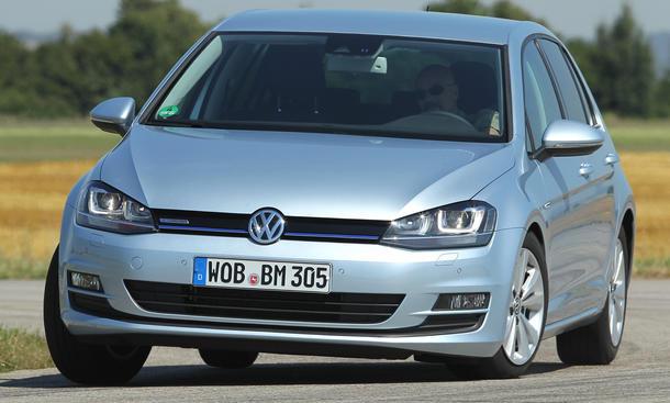 Bilder 2013 VW Golf 1.6 TDI BlueMotion Kompaktklasse Vergleichstest Fahrsicherheit