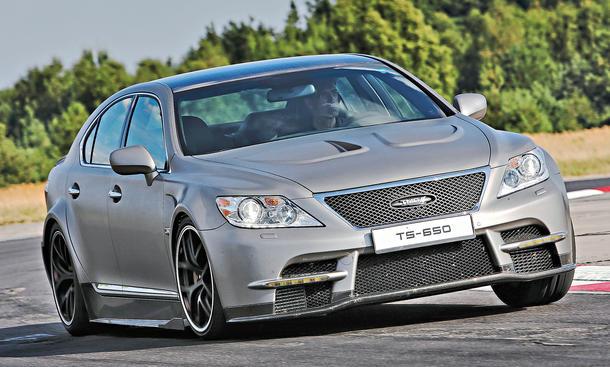 Bilder Lexus TS 650 2013 Fahrbericht Handling
