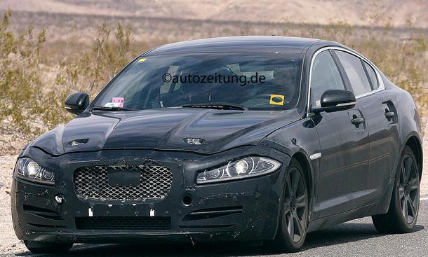 2014 - [Jaguar] XE [X760] - Page 2 Erlkoenig-Jaguar-XS-Type-2015-Mittelklasse-Limousine-3