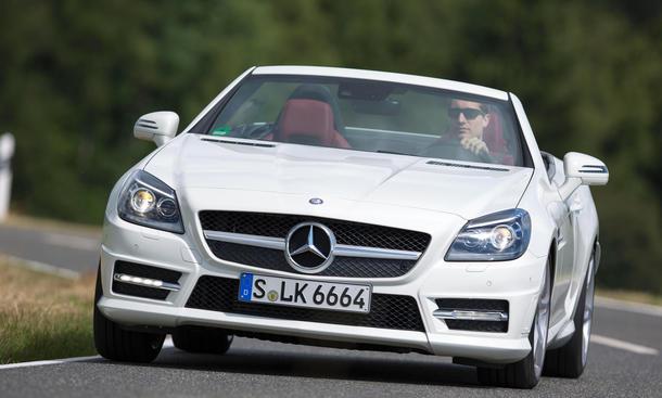Mercedes SLK 200 BlueEfficiency Vergleichstest Roadster Cabrio Test Bilder front