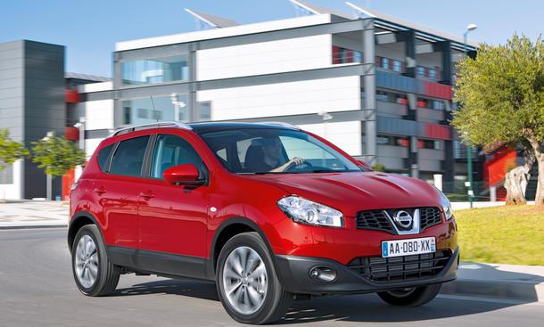 Nissan Qashqai 1.6 dCi 4x4 2013 Test SUV Bilder Karosserie