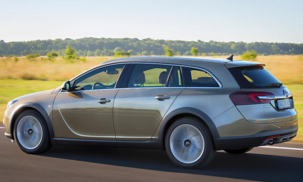 opel insignia opc facelift country tourer preis f r. Black Bedroom Furniture Sets. Home Design Ideas