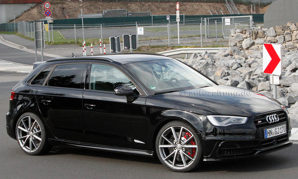 audi rs 3 8v erlk nig mit wave bremsen am n rburgring. Black Bedroom Furniture Sets. Home Design Ideas
