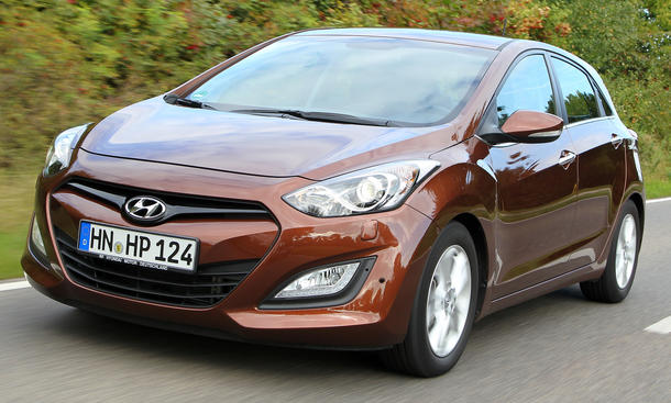 Bilder 2013 Hyundai i30 1.6 CRDi Kompaktklasse Vergleichstest Preisschlager