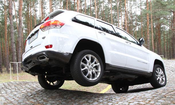 JEEP Grand Cherokee 3.0 l V6 MultiJet Bilder Vergleichtest Federung