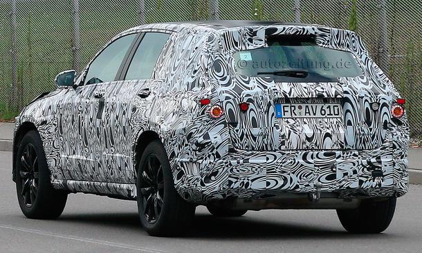 2015 - [Mercedes] GLC (GLK II) [X205] - Page 2 Mercedes-GLK-2015-Erlkoenig-X205-SUV-05