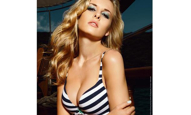 Berner Werkstattkalender 2014 Erotik-Kalender Girls Yacht Meer Bikini