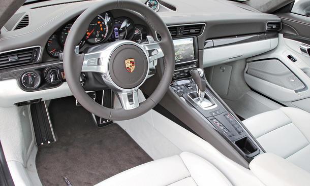 Bilder Porsche 911 Turbo S Vergleichstest Interieur