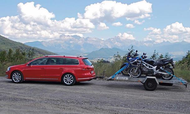 Bilder VW Passat Variant 2.0 TDI Dauertest 100.000 km Fazit Anhängerkupplung