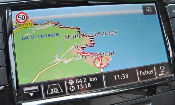 Bilder VW Passat Variant 2.0 TDI Dauertest 100.000 km Fazit negativ Navigationssystem