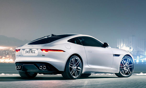 jaguar f type coup r mit 550 ps 911 turbo im visier. Black Bedroom Furniture Sets. Home Design Ideas