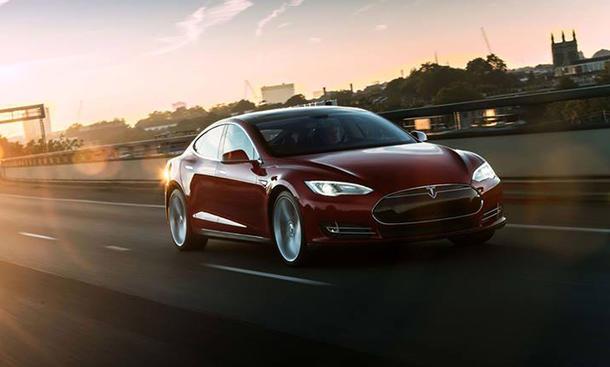 Tesla Model S Sicherheit Elektroauto Untersuchungen Feuer