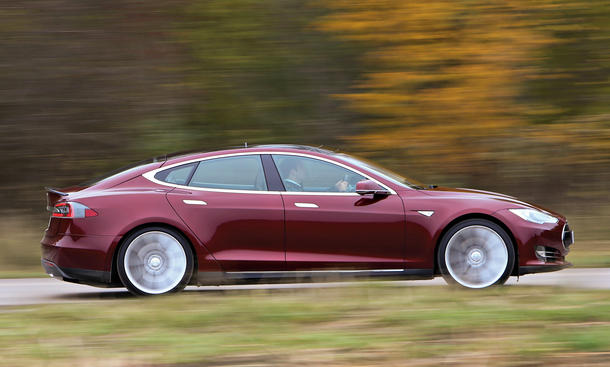 Tesla, Batterietechnik, Lithium-Ionen, Elektroauto, Sicherheit, BMW, Mercedes, Opel, Bilder