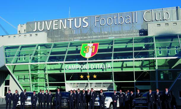 Juventus Turin Jeep Grand Cherokee Summit Sponsoring 2014 Bilder