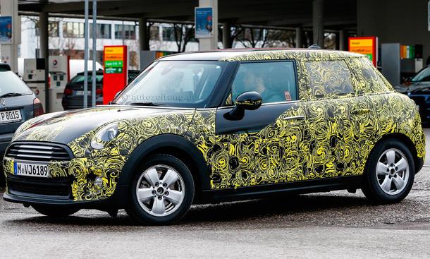 2014 - [Mini] Mini IV 5 portes [F55] - Page 2 Mini-Hatch-Fuenftuerer-2014-Erlkoenig-02
