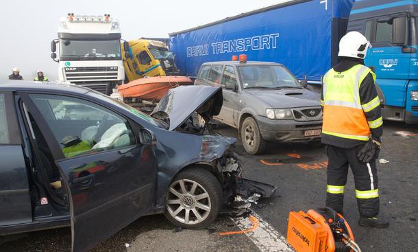 Unfallstatistik Deutschland 2013 Verkehrstote Prognose neuer Tiefstand