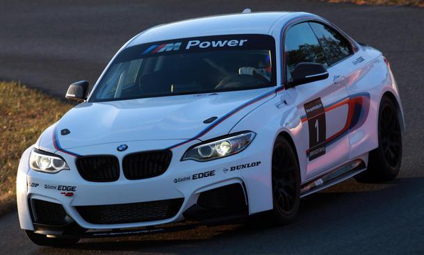 BMW M235i Racing 2014 VLN Kundensport Rennwagen