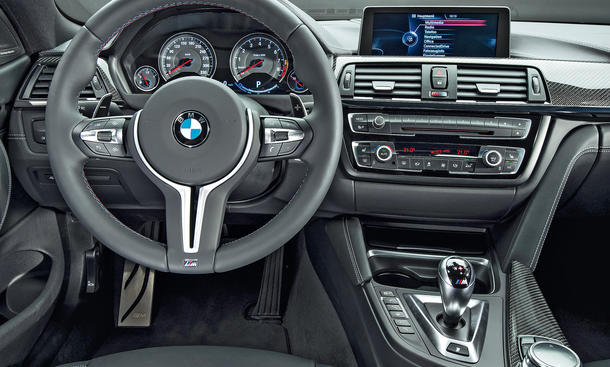 bmw m4 und porsche 911 carrera s im vergleich bilder und. Black Bedroom Furniture Sets. Home Design Ideas
