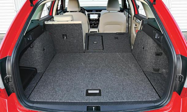 seat leon st vs vw golf variant skoda octavia combi vergleichstest bild 10. Black Bedroom Furniture Sets. Home Design Ideas