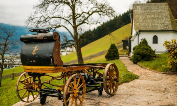 P1 erster Porsche der Welt Elektro-Kutsche Ferdinand Porsche Bilder