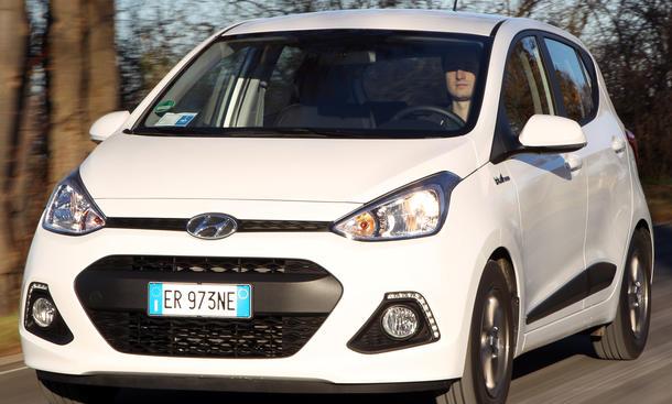 Bilder Hyundai i10 blue 1.0 City Cars Kleinstwagen