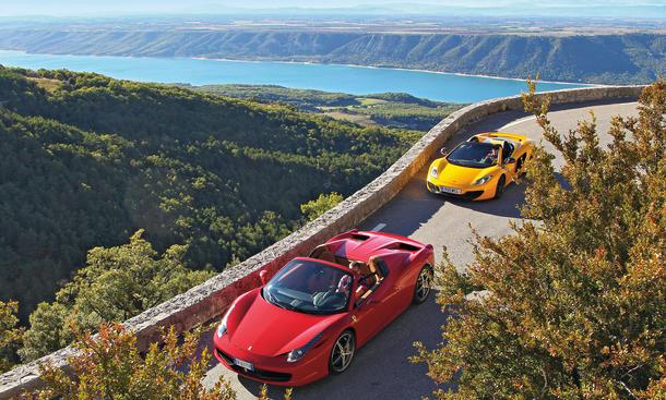Ferrari 458 Spider McLaren 12C Spider Vergleich Bilder technische Daten