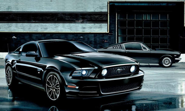 Ford Mustang V8 GT Coupe The Black Edition 2014 Japan Sondermodell Bilder