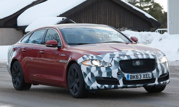 2015 - [Jaguar] XJ Restylée Jaguar-XJ-Facelift-Erlkoenig-2014-05