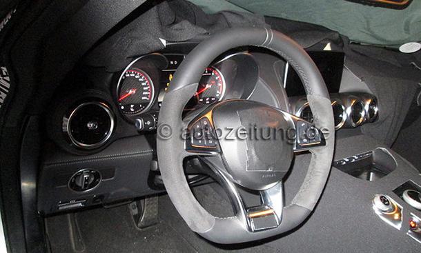 Mercedes GT AMG Innenraum-Fotos Interieur ungetarnt enthuellt Erlkoenig SLS-Nachfolger