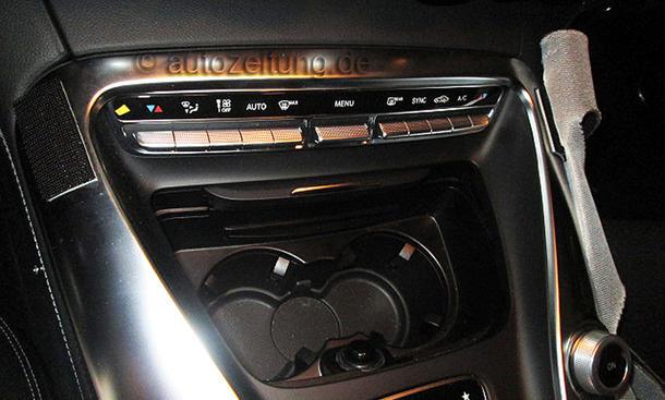2014 - [Mercedes-AMG] GT [C190] - Page 4 Mercedes-GT-AMG-2015-Innenraum-Erlkoenig-Interieur-06