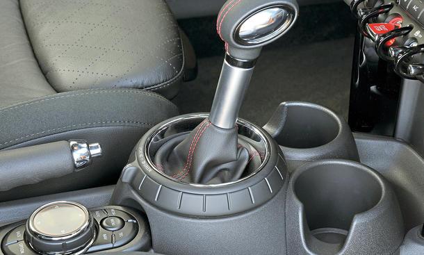 Mini Cooper S Fahrbericht Bilder technische Daten Automatik