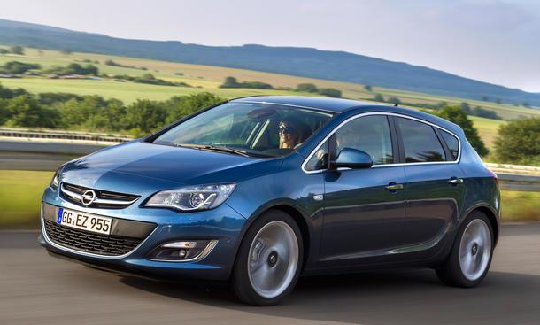 Opel Astra 1.6 CDTI Limousine Diesel Preis Bilder Kompaktklasse