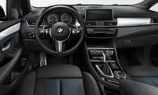 bmw 2er active tourer m sportpaket f r kompakt van bild. Black Bedroom Furniture Sets. Home Design Ideas