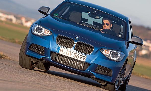 Bilder BMW M135i xDrive Kompaktsportler Vergleich Handling