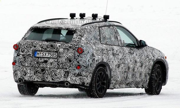 2015 - [BMW] X1 II [F48] - Page 5 BMW-X1-2015-Erlkoenig-Kompakt-SUV-Frontantrieb-06
