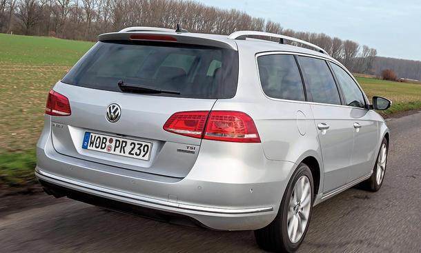 Bilder VW Passat Variant 1.4 TSI Mittelklasse-Kombis Aktive Dämpfer Stoßdämpfer