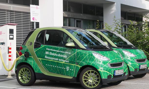 Elektroautos Ladestationen Ladestecker Europa