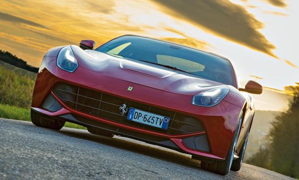 Ferrari F12 Berlinetta Faszination Auto Bilder technische Daten
