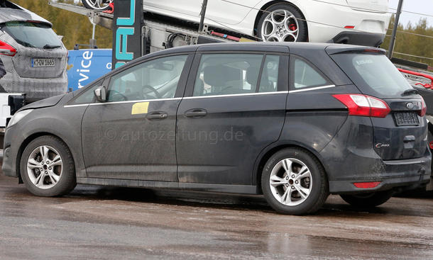 2014 - [Ford] C-Max Restylé - Page 2 Ford-C-Max-Facelift-Erlkoenig-2014-03