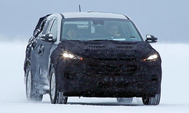 Hyundai ix35 2015 Erlkoenig Kompakt-SUV Bilder Neuheiten Prototyp Zweite Generation