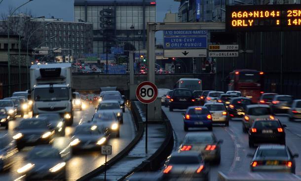 Paris Smog 2014 Elektro Auto Fahrrad kostenlos Luftverschmutzung Feinstaub