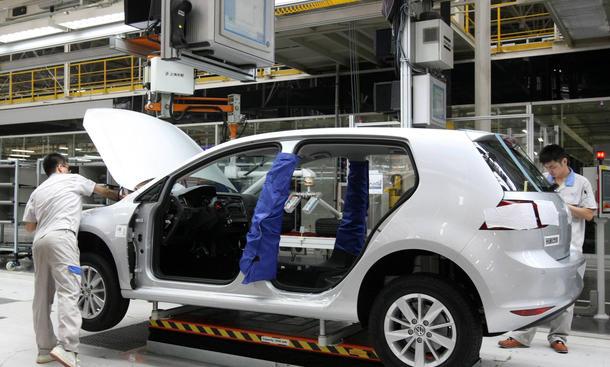 China Studie Abhängigkeit deutsche Autobauer Absatzmarkt 2014 VW