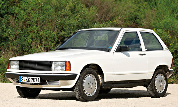 [Présentation] Le design par Mercedes - Page 4 Mercedes-190-E-W201-Compact-Car-Jubilaeum-11