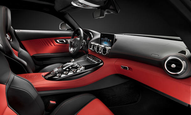 Mercedes GT AMG 2015 Innenraum Interieur enthuellt revealed