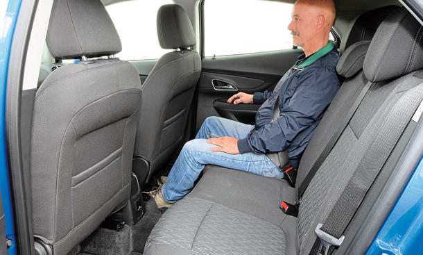 ford ecosport 1 0 ecoboost vs opel mokka 1 4 turbo vergleich bild 9. Black Bedroom Furniture Sets. Home Design Ideas